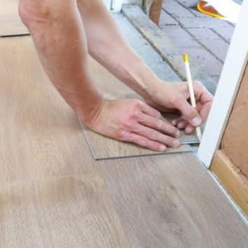 Tiling, Laminate, Vinyl & Epoxy Flooring